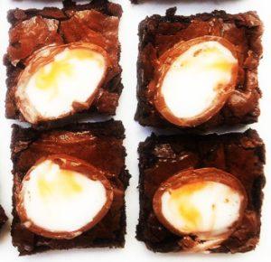 Brownies aux oeufs Cadbury - Cinq Fourchettes