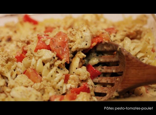 Pâtes au poulet, pesto et tomates - Cinq Fourchettes