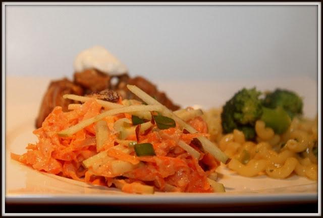 Salade de carottes au yogourt grec à l'ananas - Cinq Fourchettes