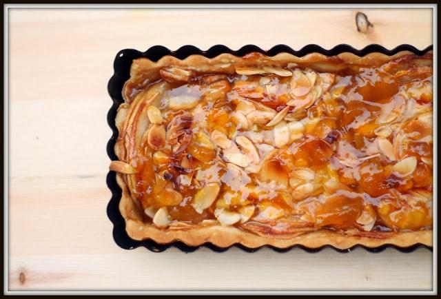 Samedi relax - tarte amandine aux pommes - Cinq Fourchettes