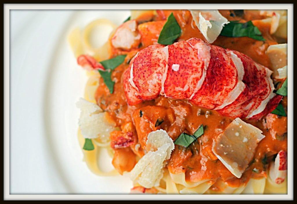 Pâtes au homard et champagne - Cinq Fourchettes