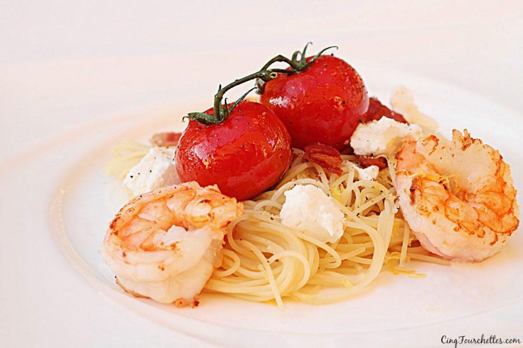 Pâtes aux tomates confites, chèvre et bacon! - Cinq Fourchettes