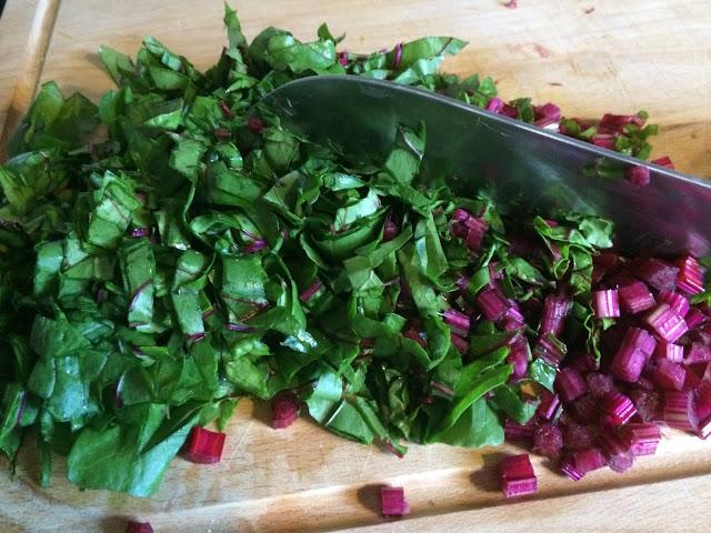 Potage de feuilles de betteraves Cinq Fourchettes