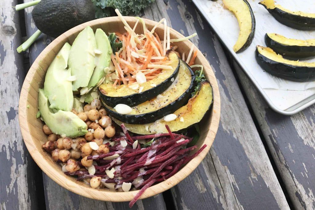 Salade tiède à la courge et aux pois chiches #Végé / Cinq Fourchettes