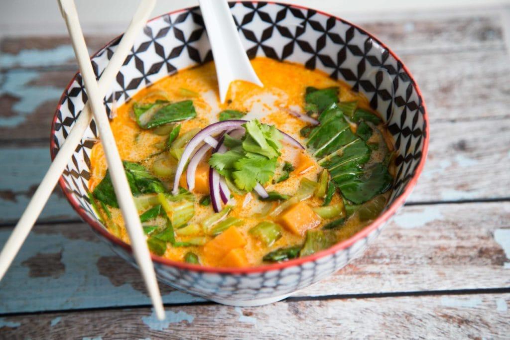 Soupe thaï juste WOW ! / Cinq Fourchettes