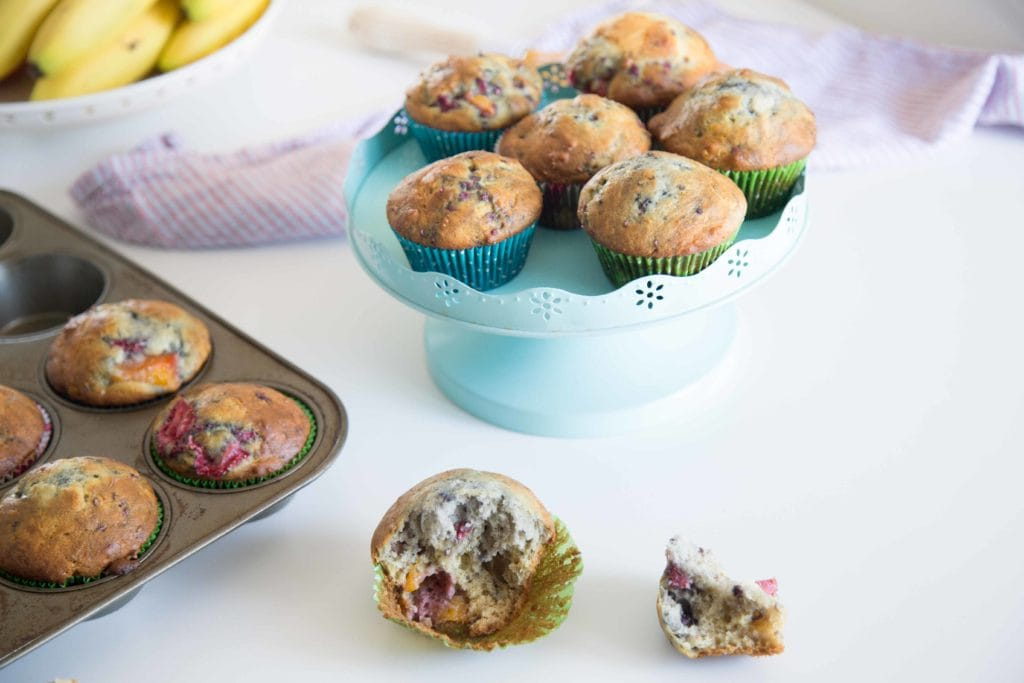 Muffins WOW aux framboises, fraises et mangues /Cinq Fourchettes