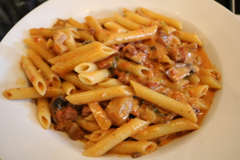 Pour un 5 à 7 gourmand, l'Enoteca Monza Pizzeria Moderna / Cinq Fourchettes