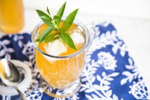 Thé glacé maison citron, gingembre et menthe Cinq Fourchettes