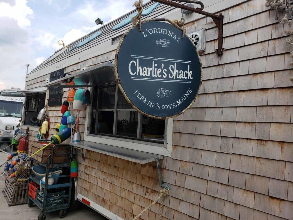 LE rendez-vous des foodtrucks de Montréal ! Cinq Fourchettes