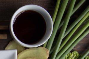 Sauce au mirin pour accompagner les dumplings ou rouleaux printaniers Cinq Fourchettes