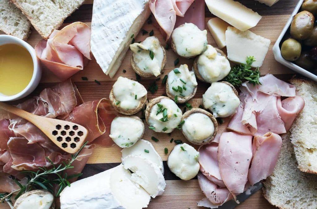 Recette de champignons farcis au chèvre inspirée de la Loire ! Cinq Fourchettes