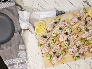 Tartine crémeuse aux crevettes Cinq Fourchettes