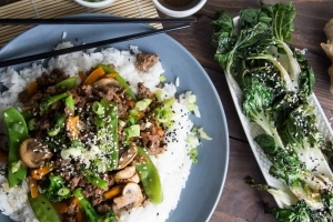 Bœuf et légumes sautés à l'Asiatique avec riz basmati Cinq Fourchettes